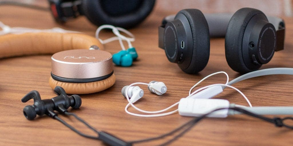 Which Is Better: Bluetooth Or Wired Headphones?